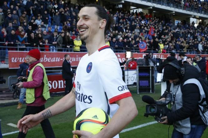 R sum vid o revue de presse champion de france le for Match estac